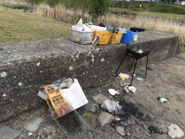 薄川BBQでゴミの惨状