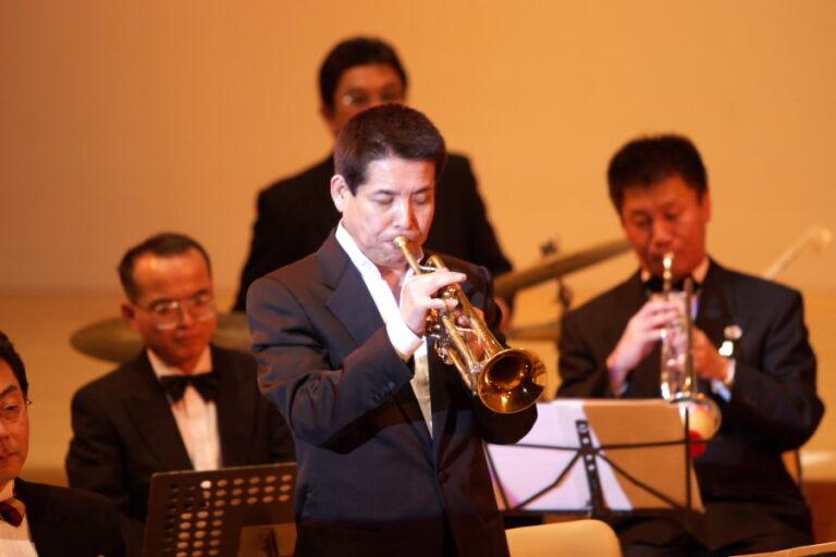 トランペット奏者の数原晋さん