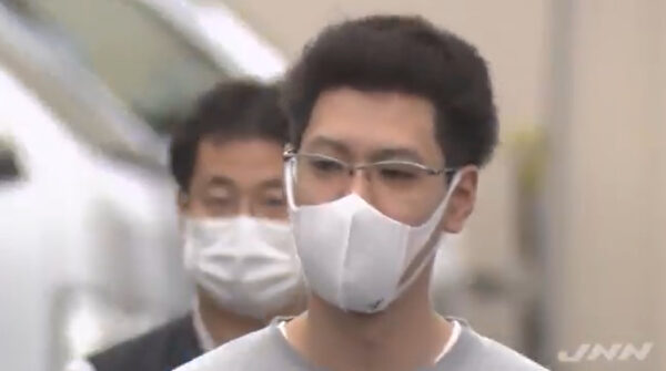 高橋和也容疑者の顔画像,自宅住所,飲食店どこ?女性盗撮し行為に及ぶ