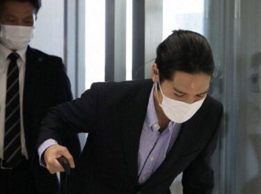 小室圭:額の傷の理由は何?画像は?整形疑惑も